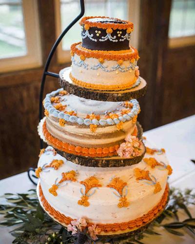 Ρουστίκ γαμήλια τούρτα.