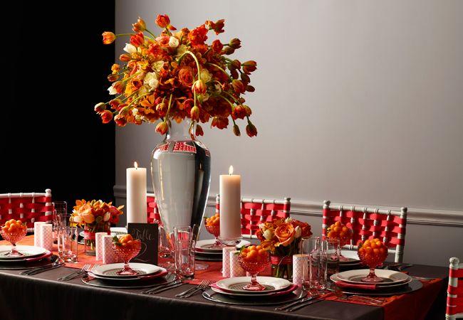 Στολίστε τα τραπέζια της γαμήλιας δεξίωσης με μία πλούσια χρωματική παλέτα